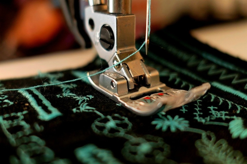 Image of the Best Walking Foot Sewing Machine for Leather in use