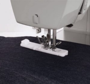 Image of the best sewing machine for seamstress