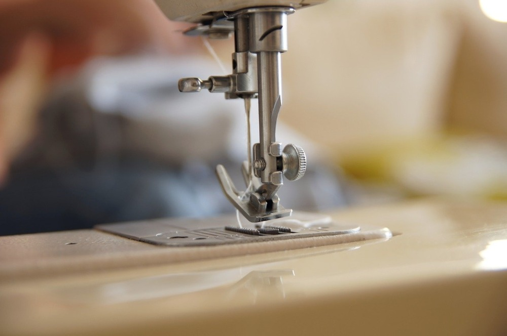 Image of sewing machine-the best sewing machine for wool